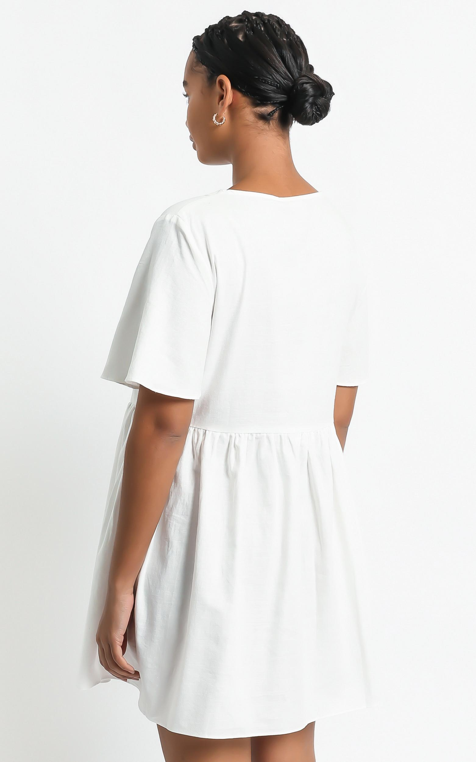 Staycation Dress in White - 4 (XXS), White, hi-res image number null