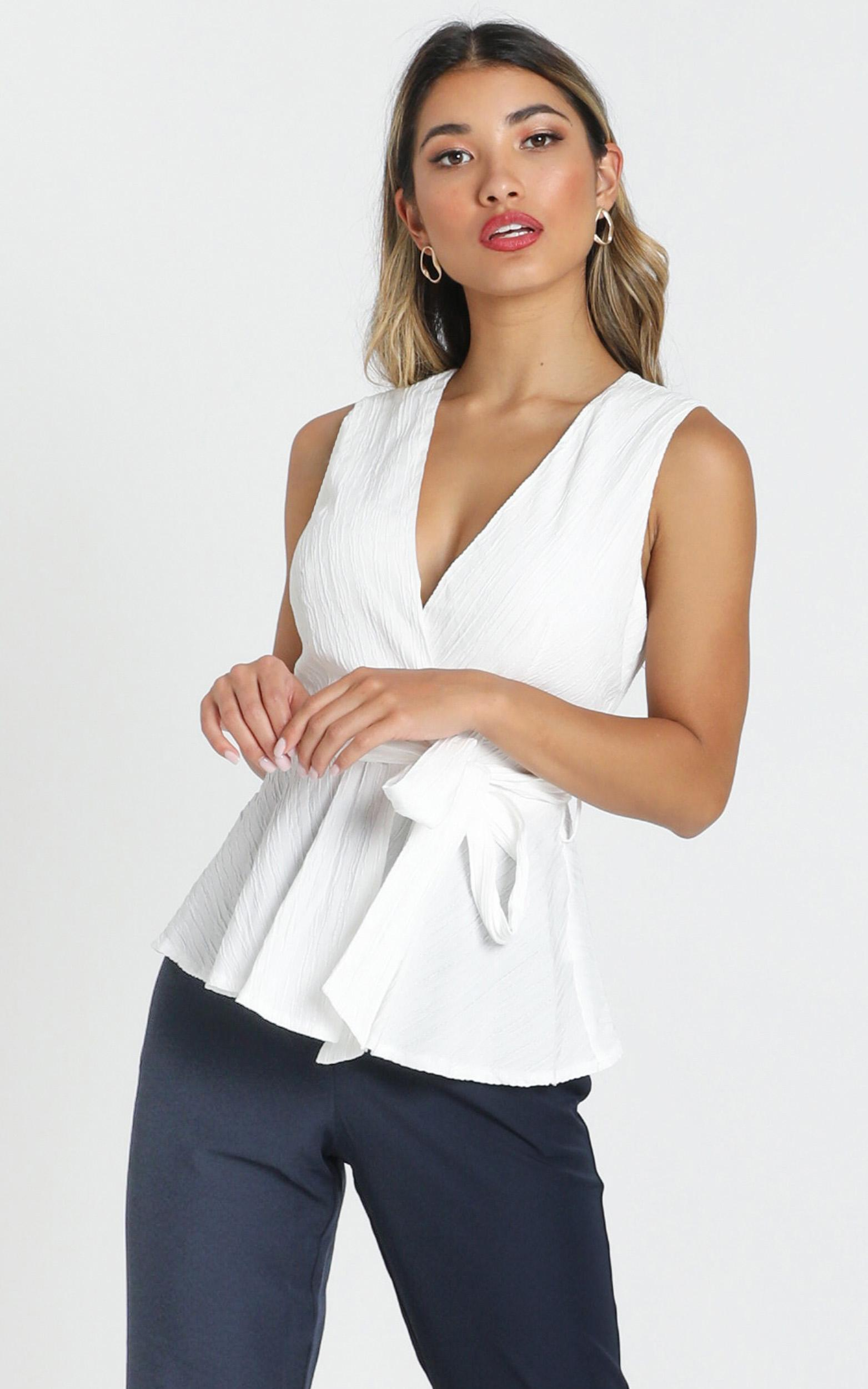 Treasurer top in white - 16 (XXL), White, hi-res image number null