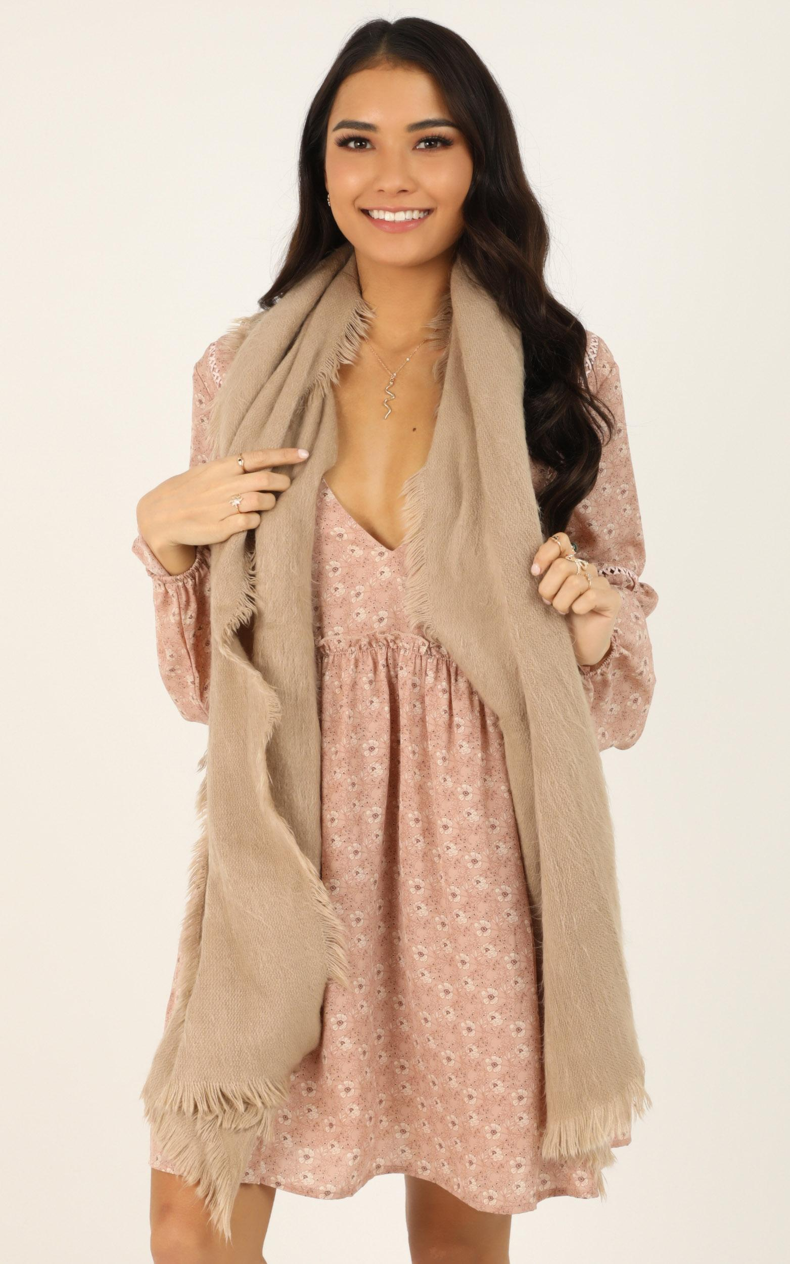 Keep In Touch Scarf In Mocha, Mocha, hi-res image number null