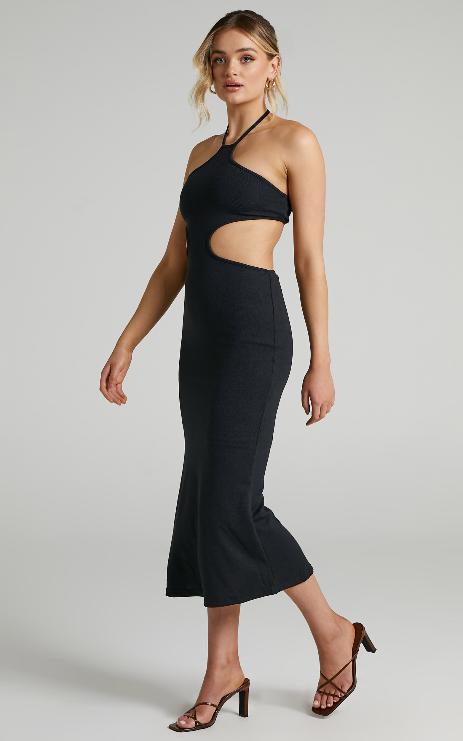 Saskia Side Cut Out Midi Dress in Black - 06, BLK1, hi-res image number null