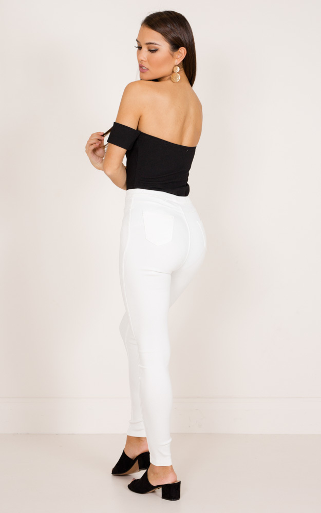 Magnetised jeggings in white - 6 (XS), White, hi-res image number null