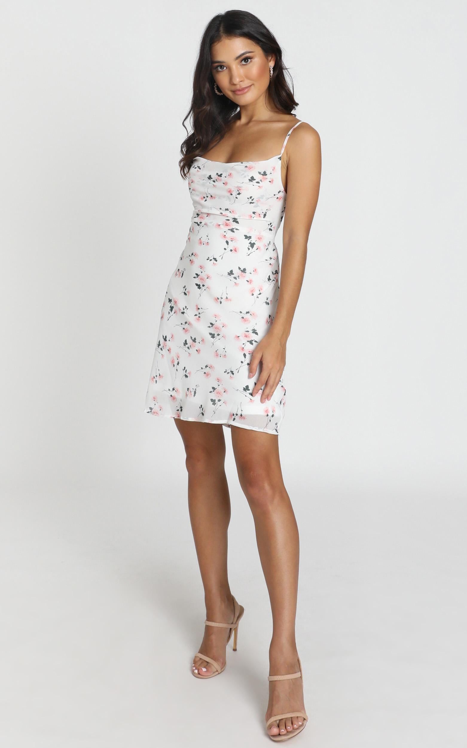 In The Era Dress in white floral - 6 (XS), White, hi-res image number null