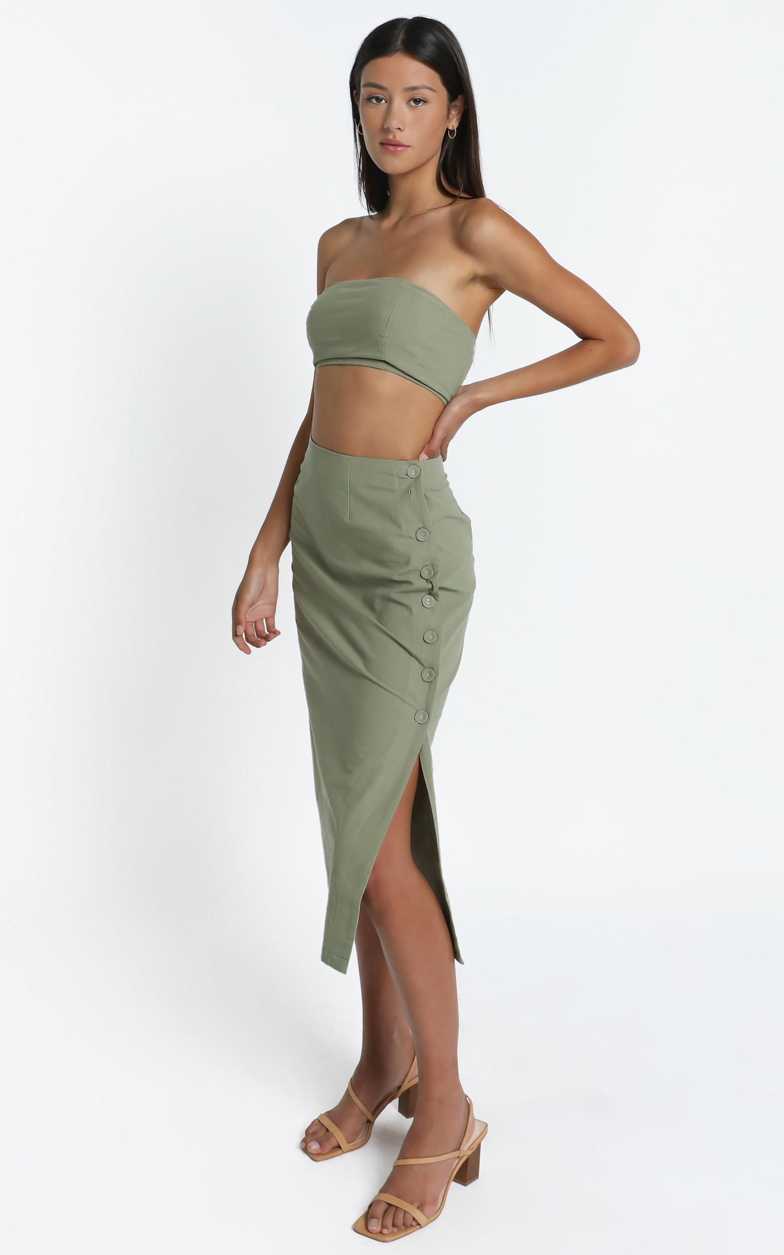 Andra Two Piece Set in Khaki - 14 (XL), Khaki, hi-res image number null
