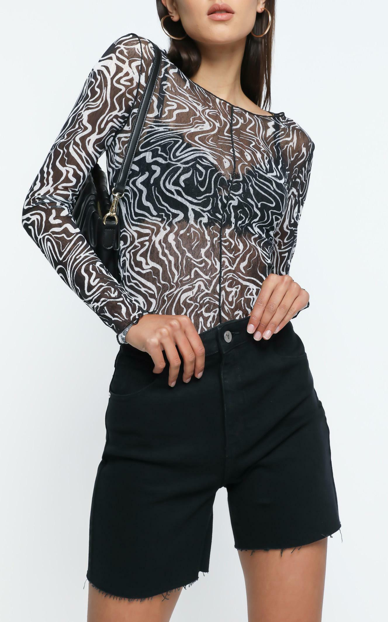 Hackney Top in Black Print - 8 (S), Black, hi-res image number null