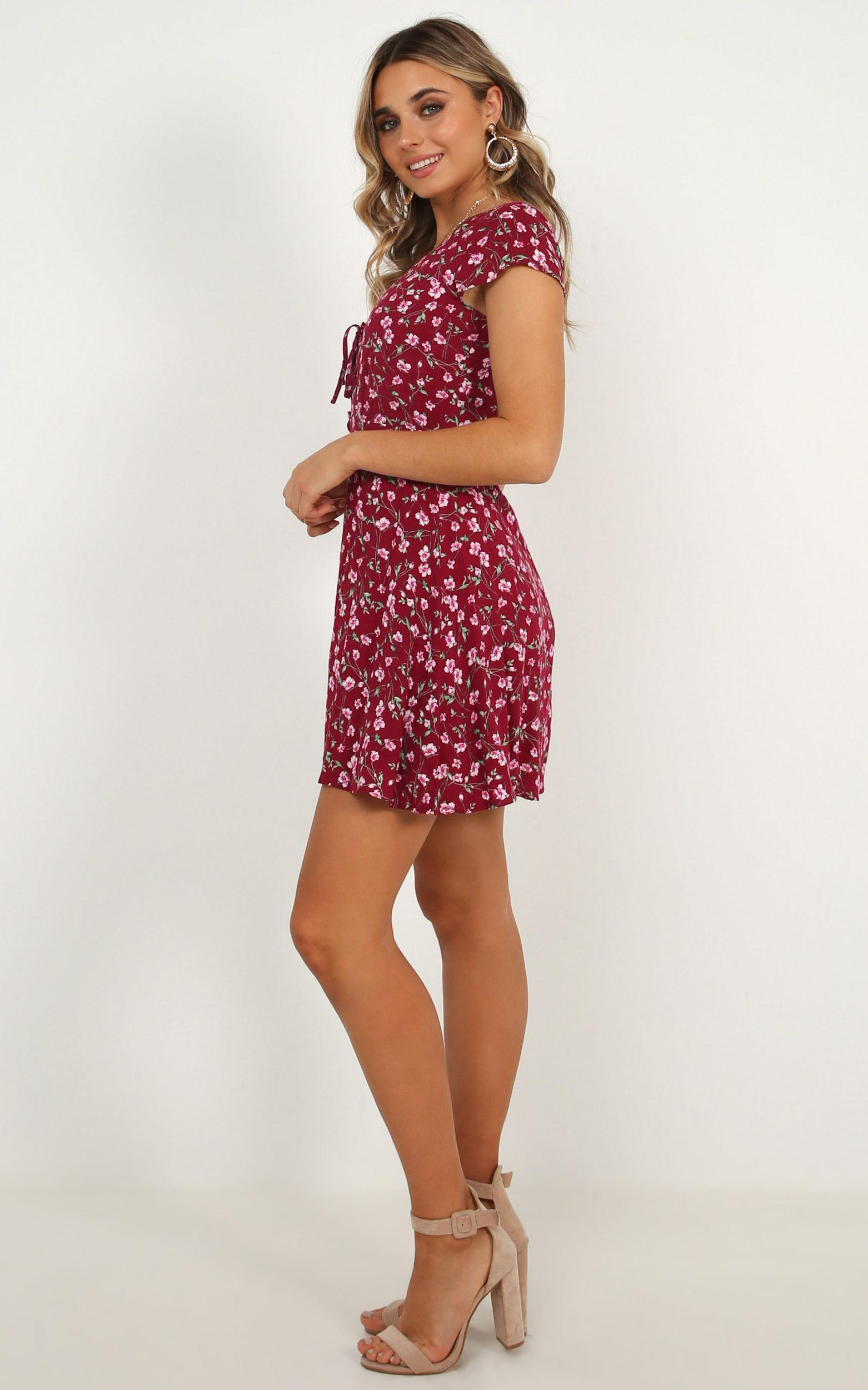 Everybody Knows Her Dress in wine floral - 12 (L), Wine, hi-res image number null