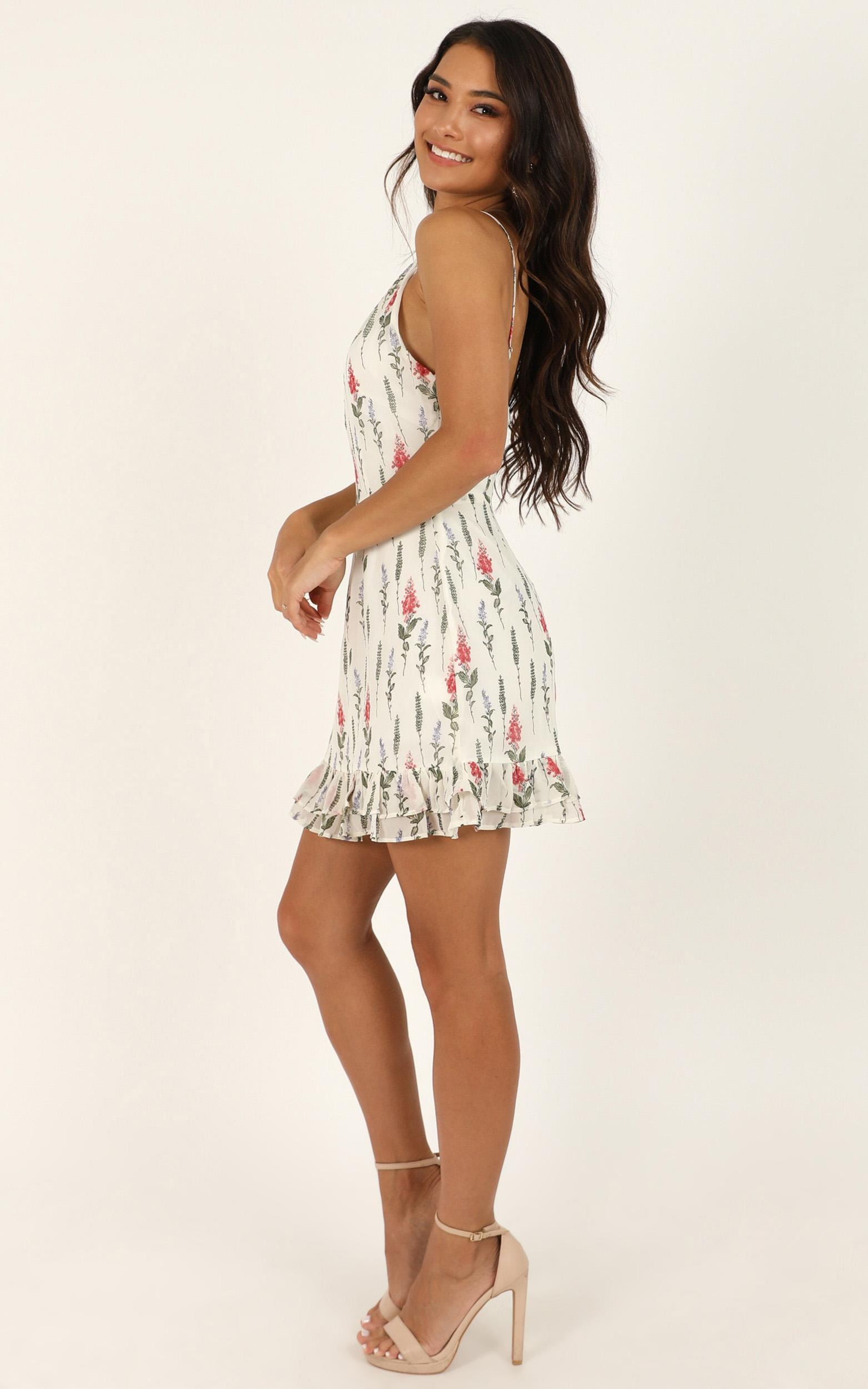 Nothing Would Be Better Dress in white floral - 12 (L), White, hi-res image number null