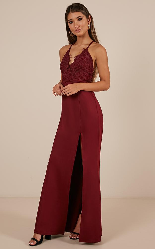The Icon Maxi Dress in wine - 20 (XXXXL), Wine, hi-res image number null