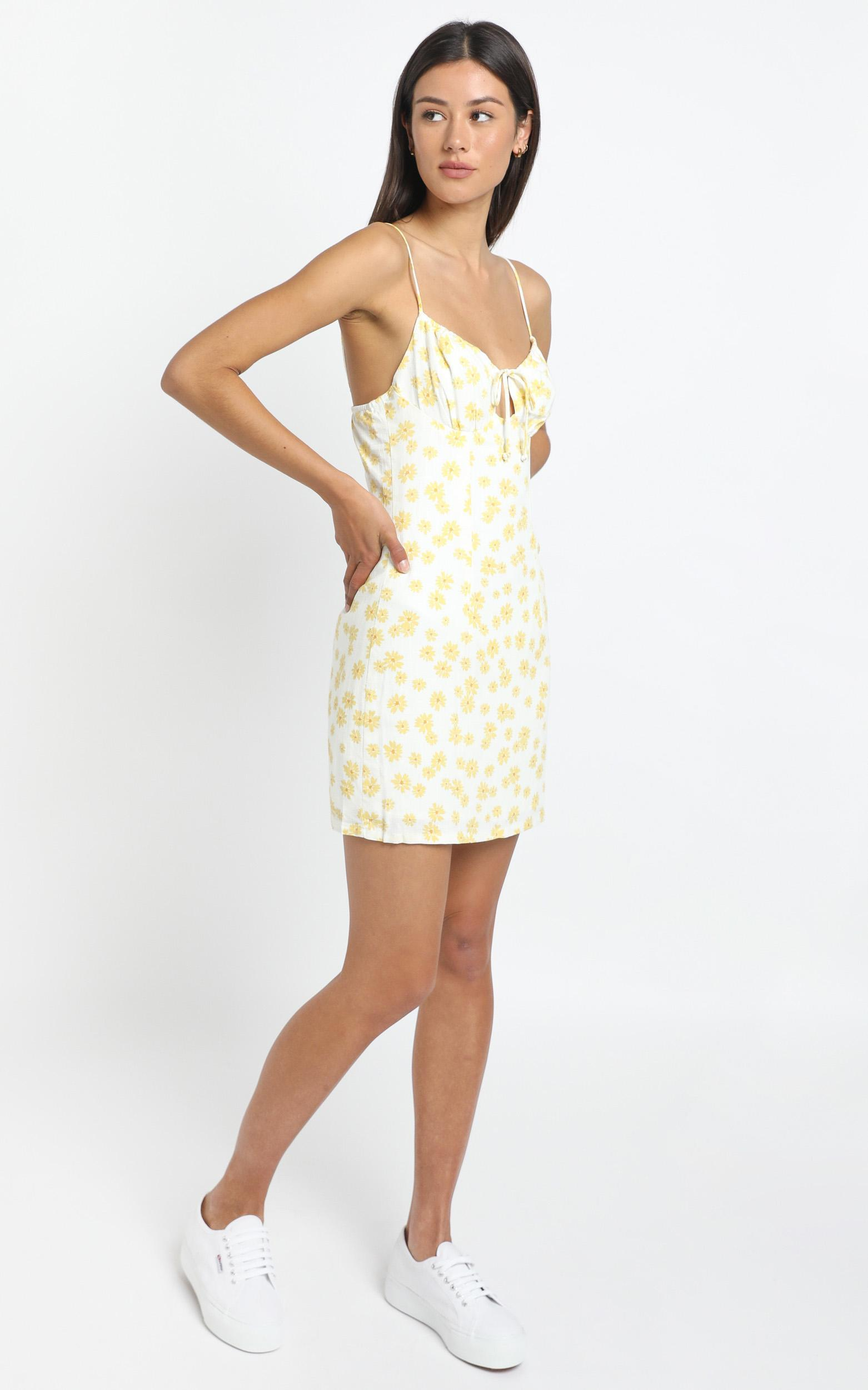Pleasant View Dress in yellow - 8 (S), Yellow, hi-res image number null