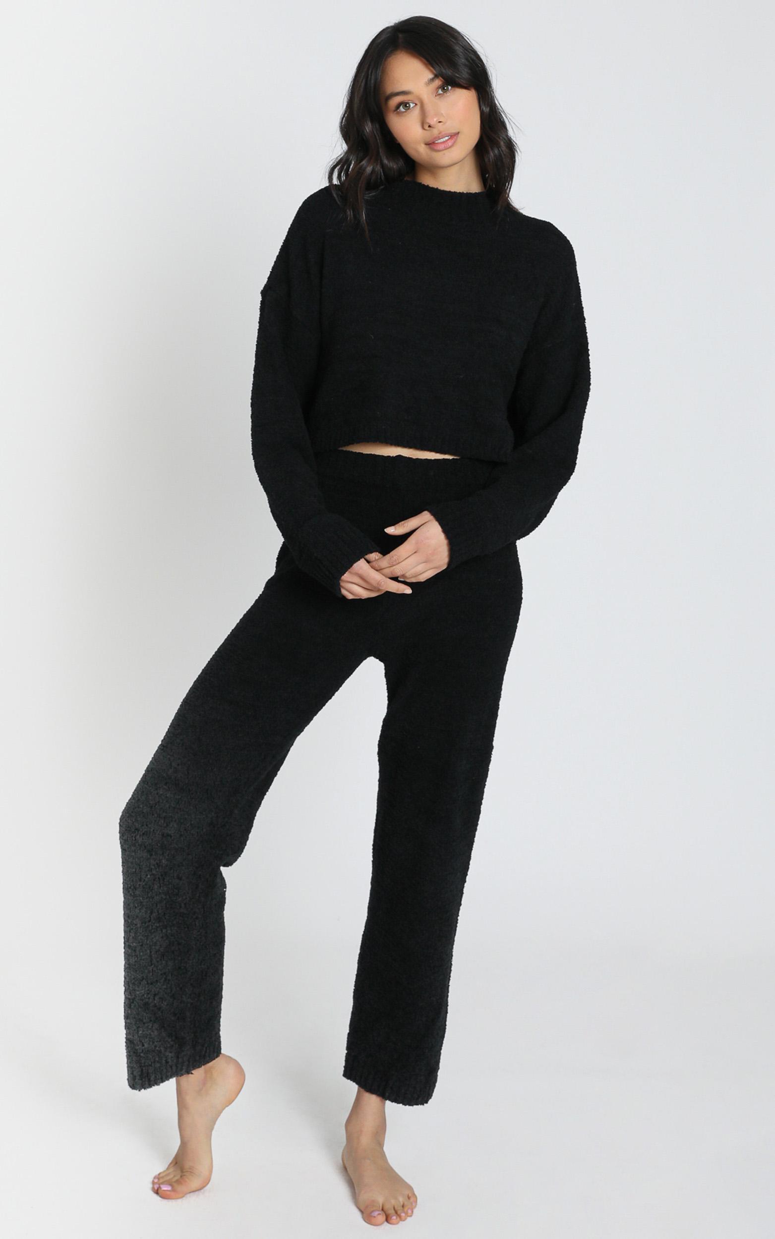 Get Comfy Two Piece Set in black - 8 (S), Black, hi-res image number null