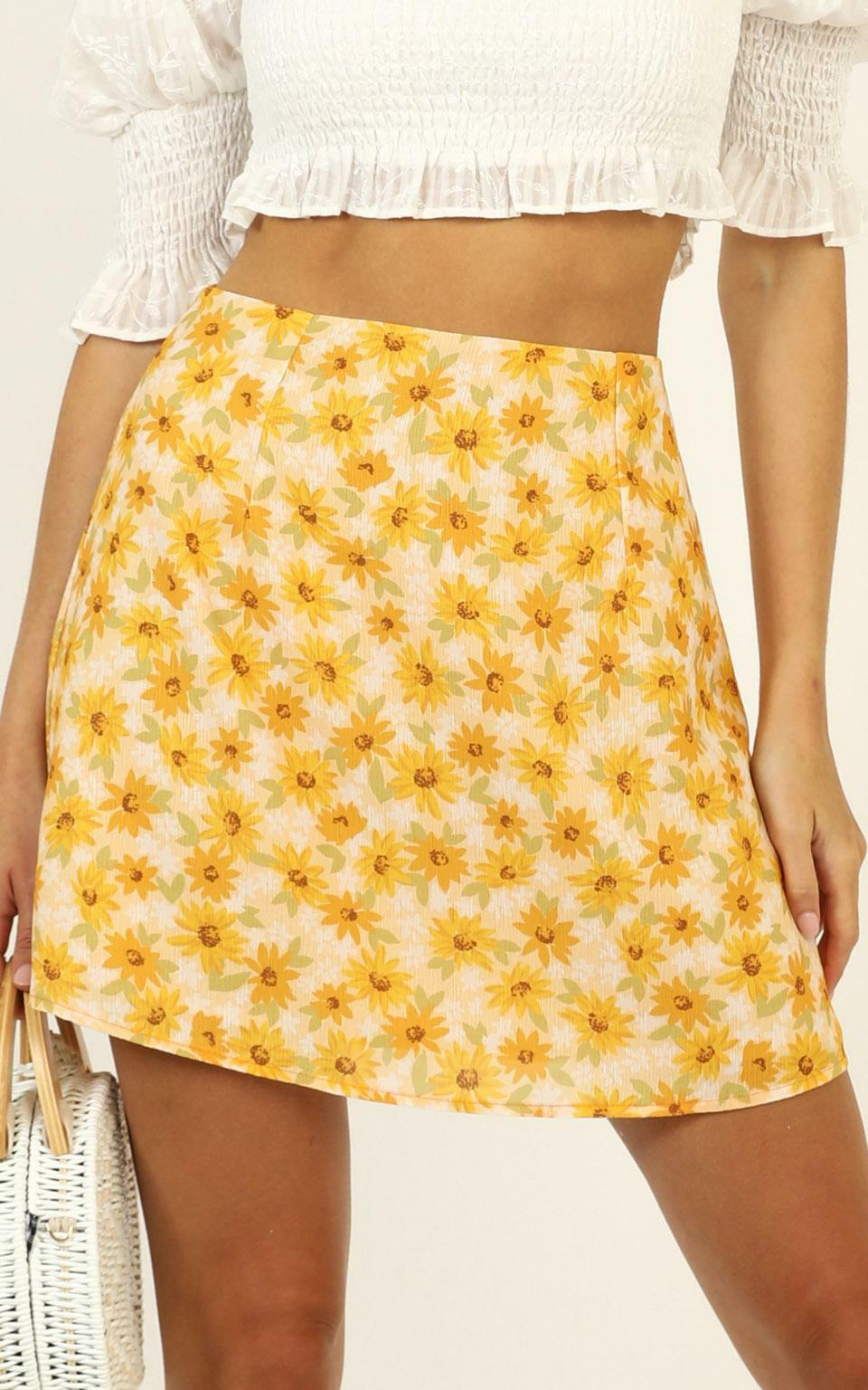 Only Offer Skirt in Sunflower Print - 04, YEL1, hi-res image number null