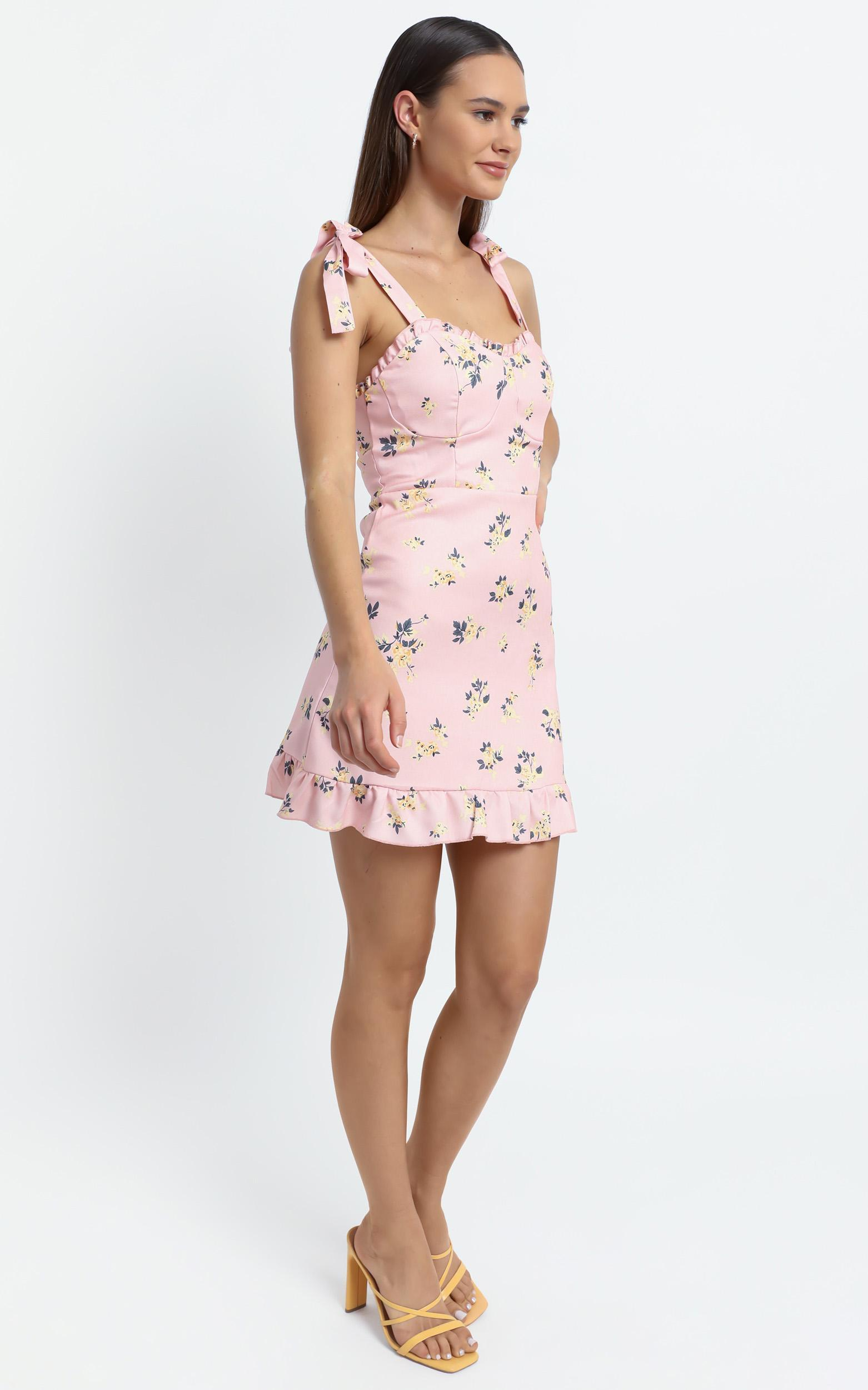 Zoelle Dress in Pink Floral - 8 (S), Pink, hi-res image number null