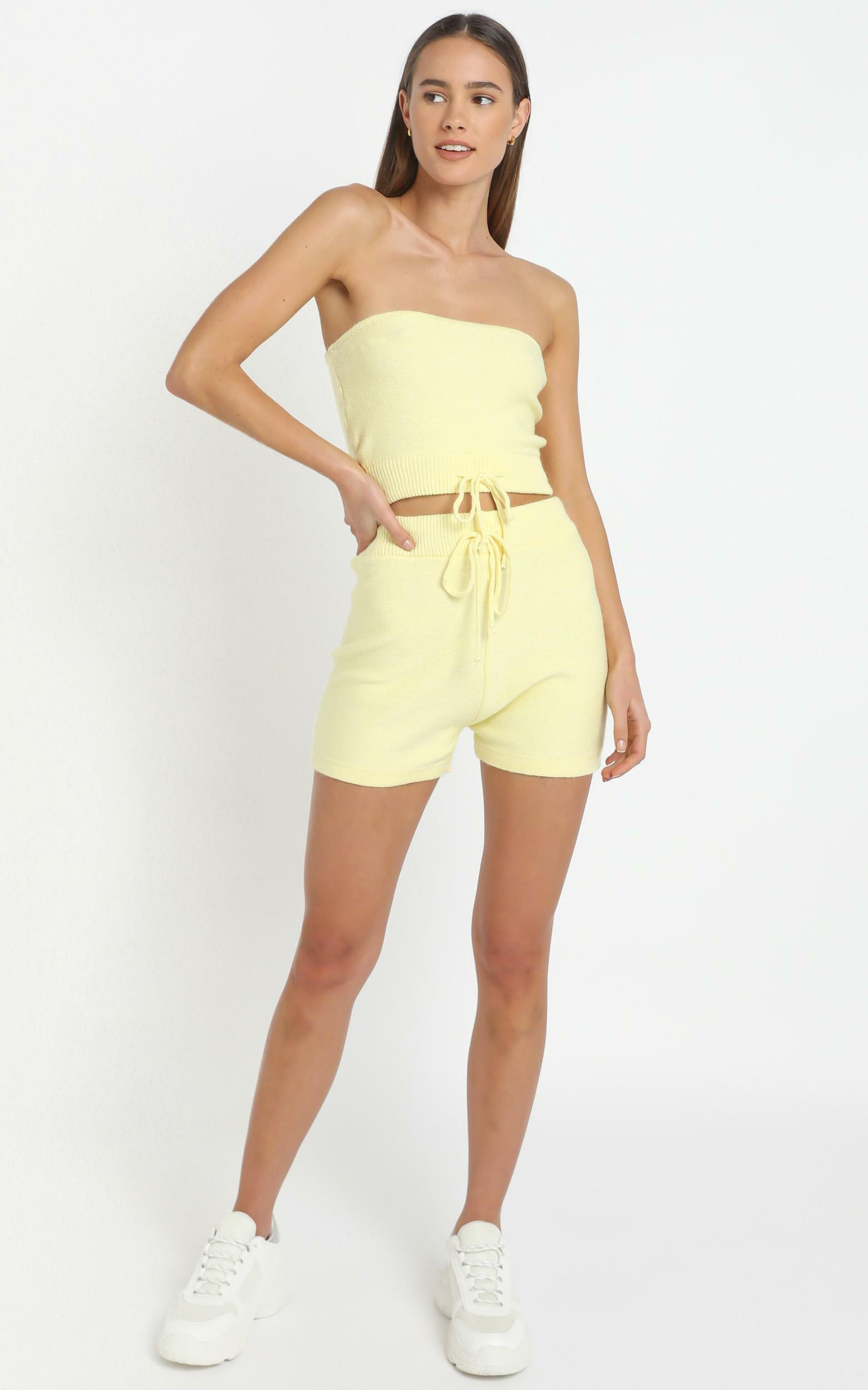 Venus Two Piece set in Pastel Yellow - 12 (L), Yellow, hi-res image number null