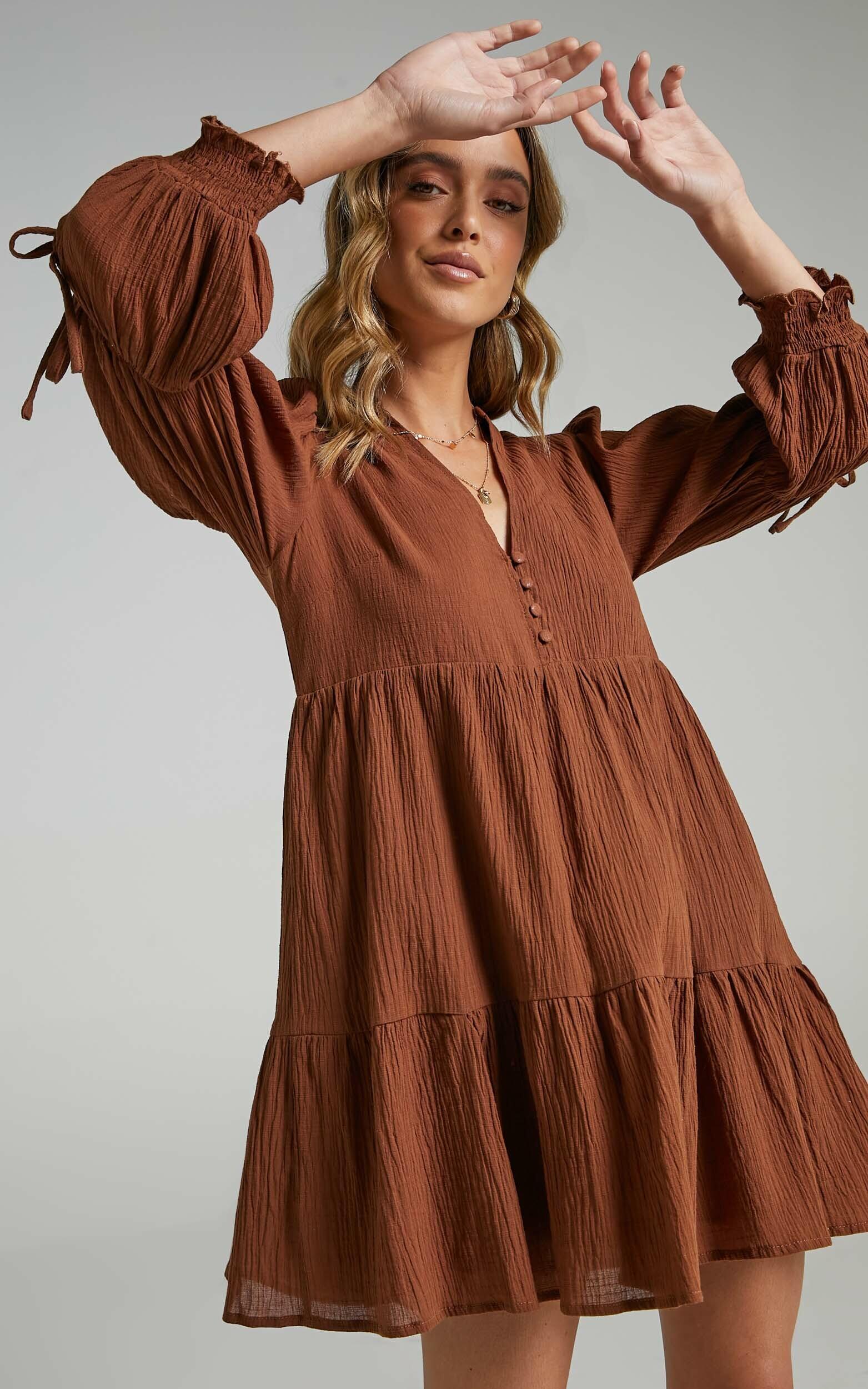 Orald Dress in Chocolate - 06, BRN1, hi-res image number null