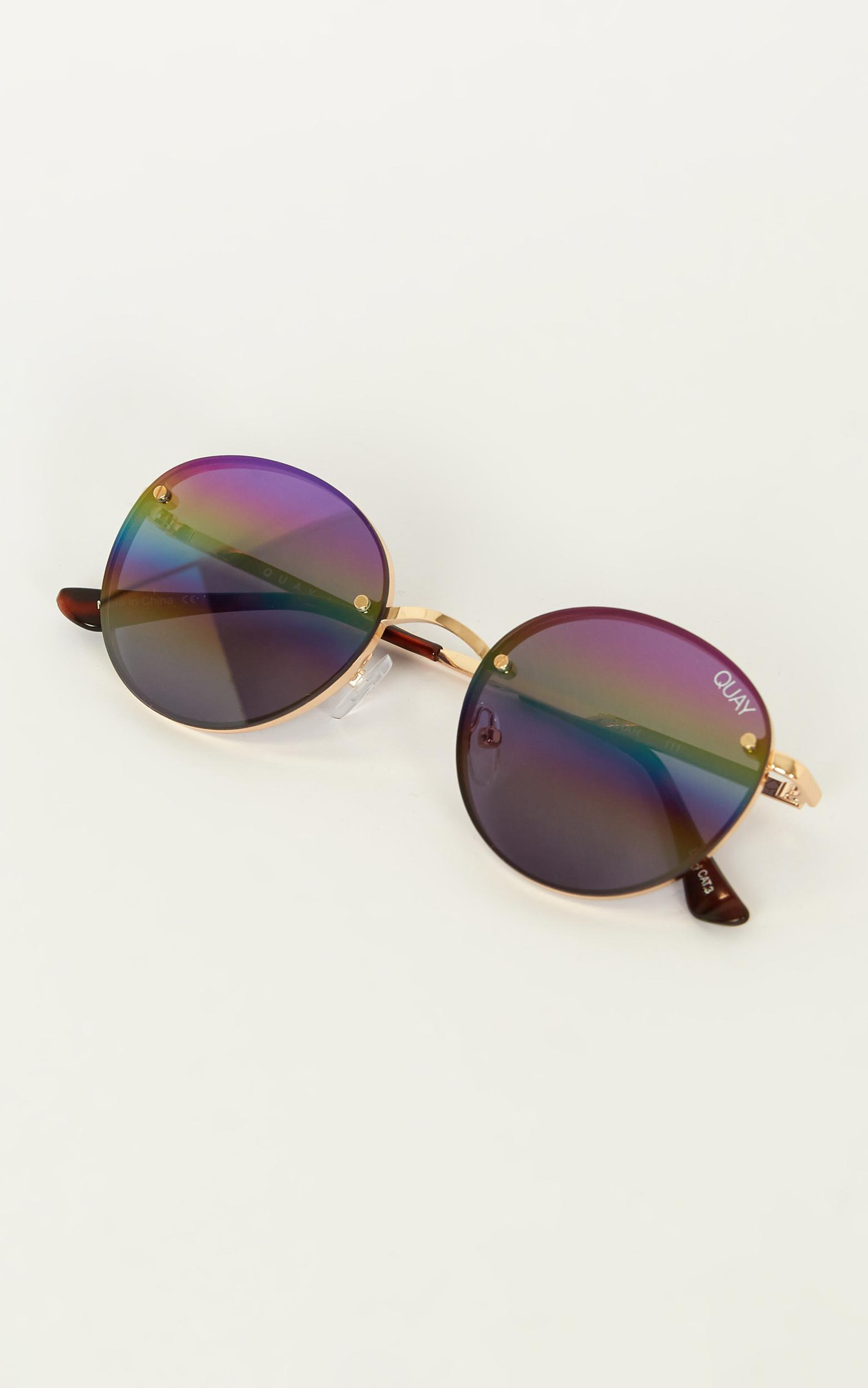 Quay - Farrah Sunglasses In Gold And Purple Rainbow, Gold, hi-res image number null