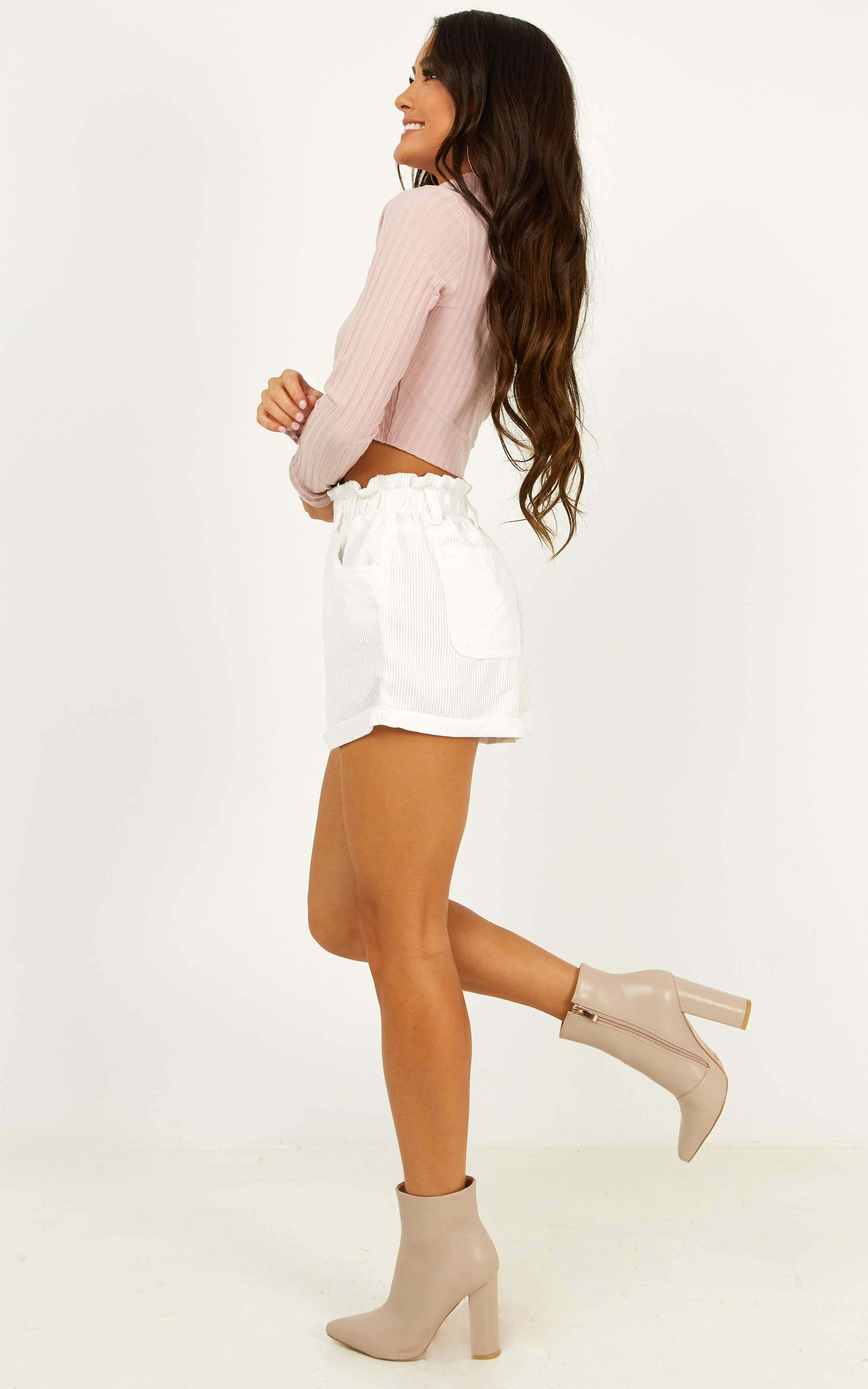 Sinking Sand Shorts in white cord - 14 (XL), White, hi-res image number null