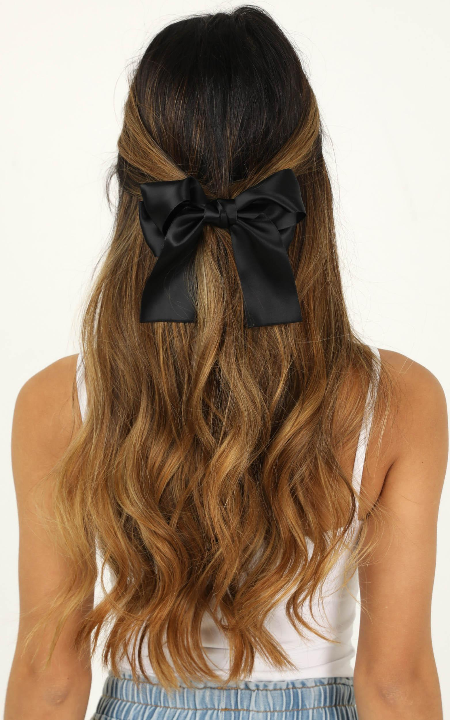 Hold Me Back Hair Bow 2 Pack In Emerald And Black Satin, , hi-res image number null