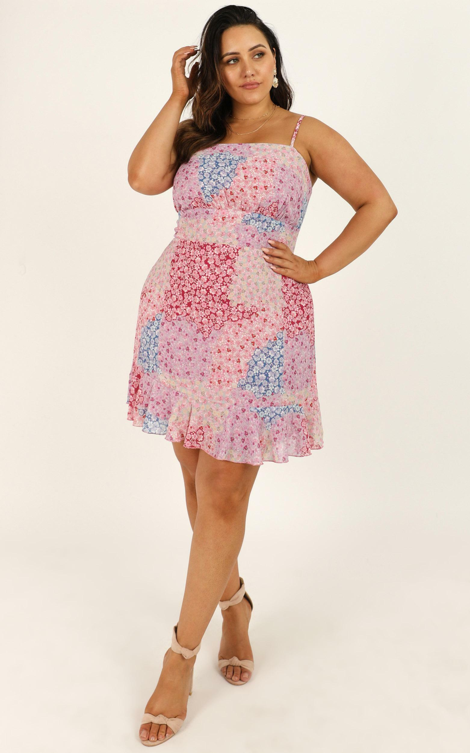 Falling in Love Dress in pink floral - 20 (XXXXL), Pink, hi-res image number null