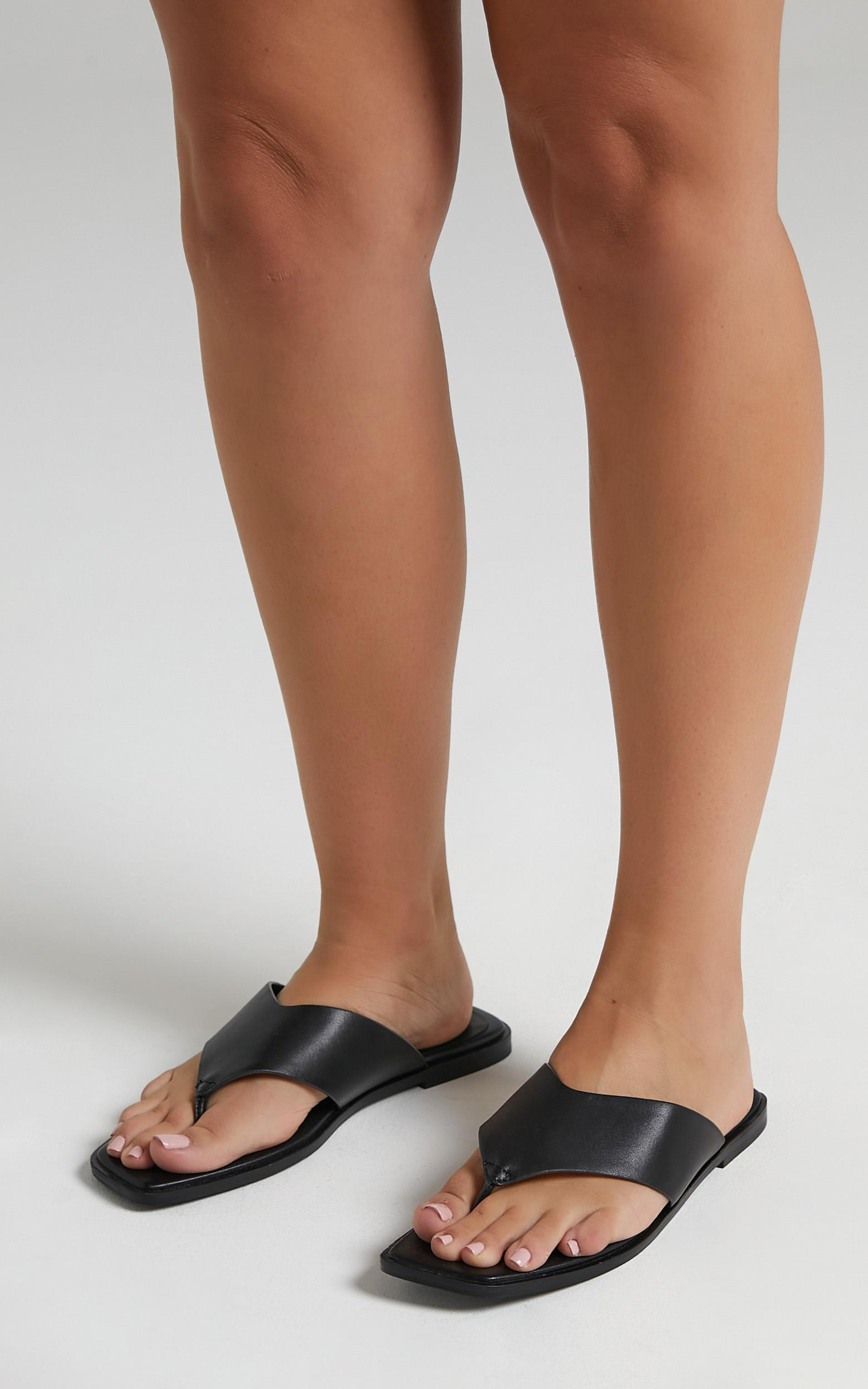Alias Mae - Tuesday Sandals in Black Kid Leather - 5.5, Black, hi-res image number null