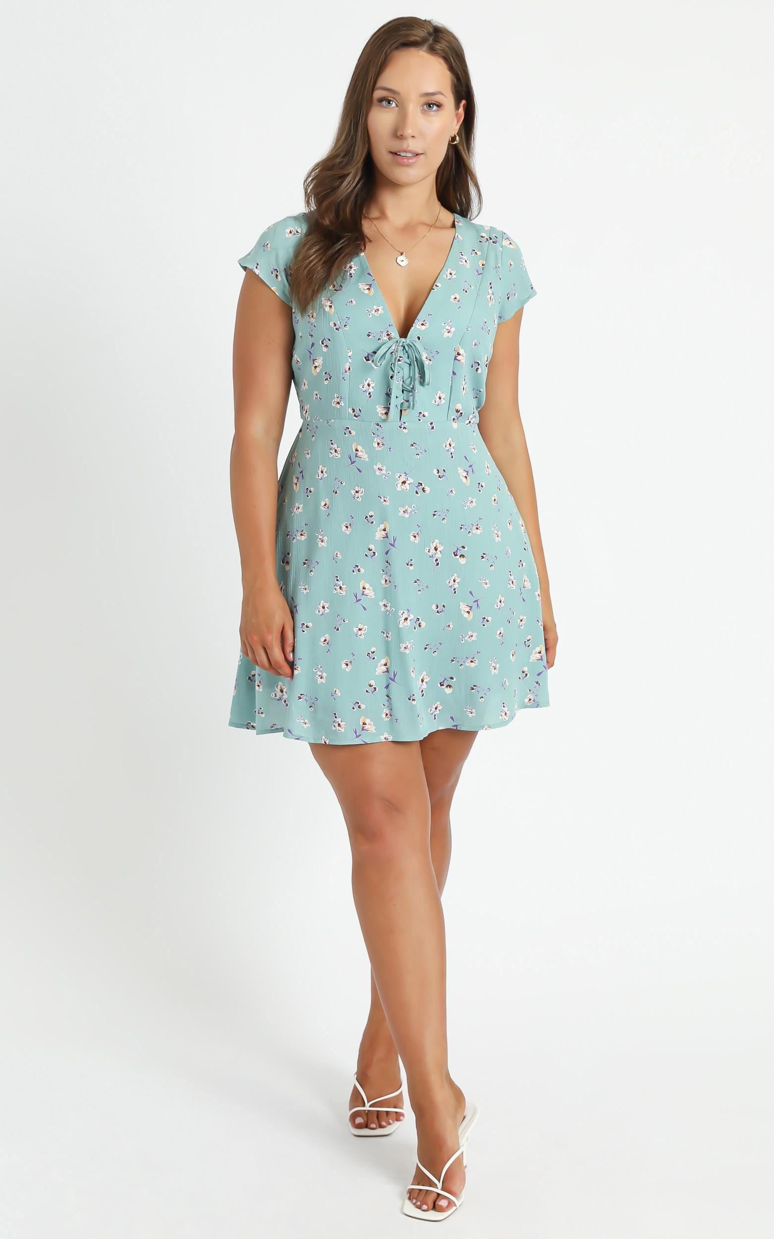 Secret Cure dress in Mint Floral  - 20 (XXXXL), Green, hi-res image number null
