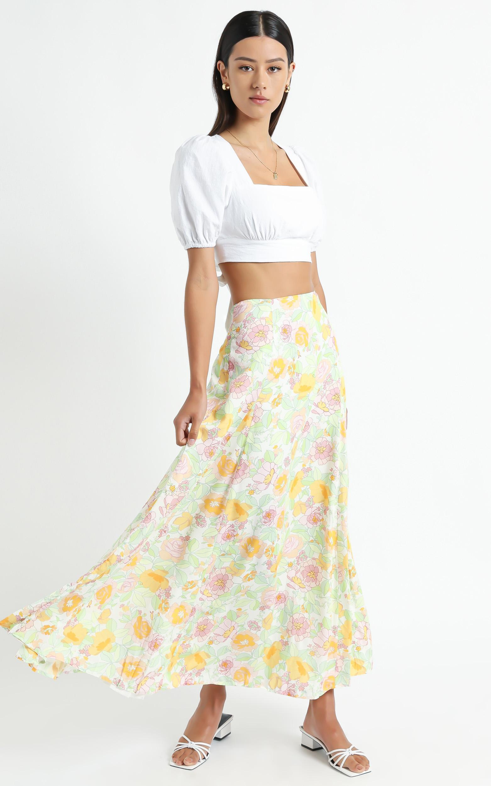 Stephens Skirt in Linear Floral - 6 (XS), Multi, hi-res image number null