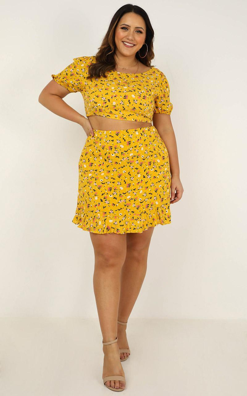 Summer Girl Two Piece Set in mustard floral - 20 (XXXXL), Mustard, hi-res image number null