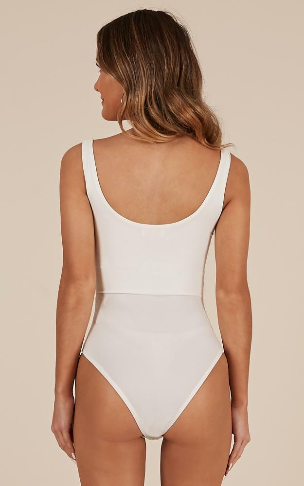 Lana Bodysuit In White - 14 (XL), White, hi-res image number null