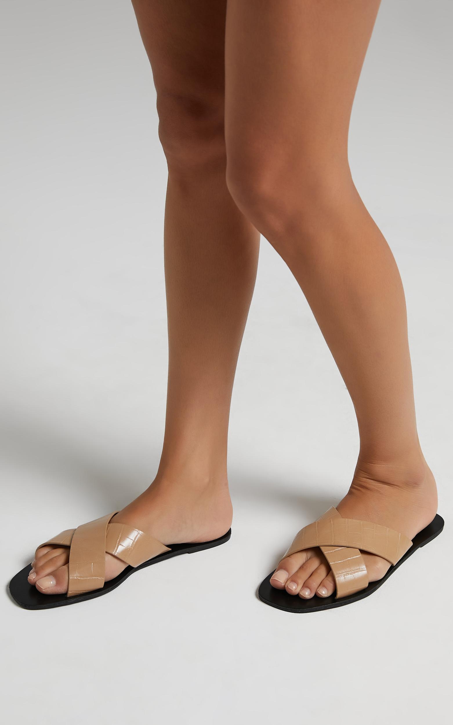 Billini - Hale Sandals in Clay Croc - 05, BRN2, hi-res image number null