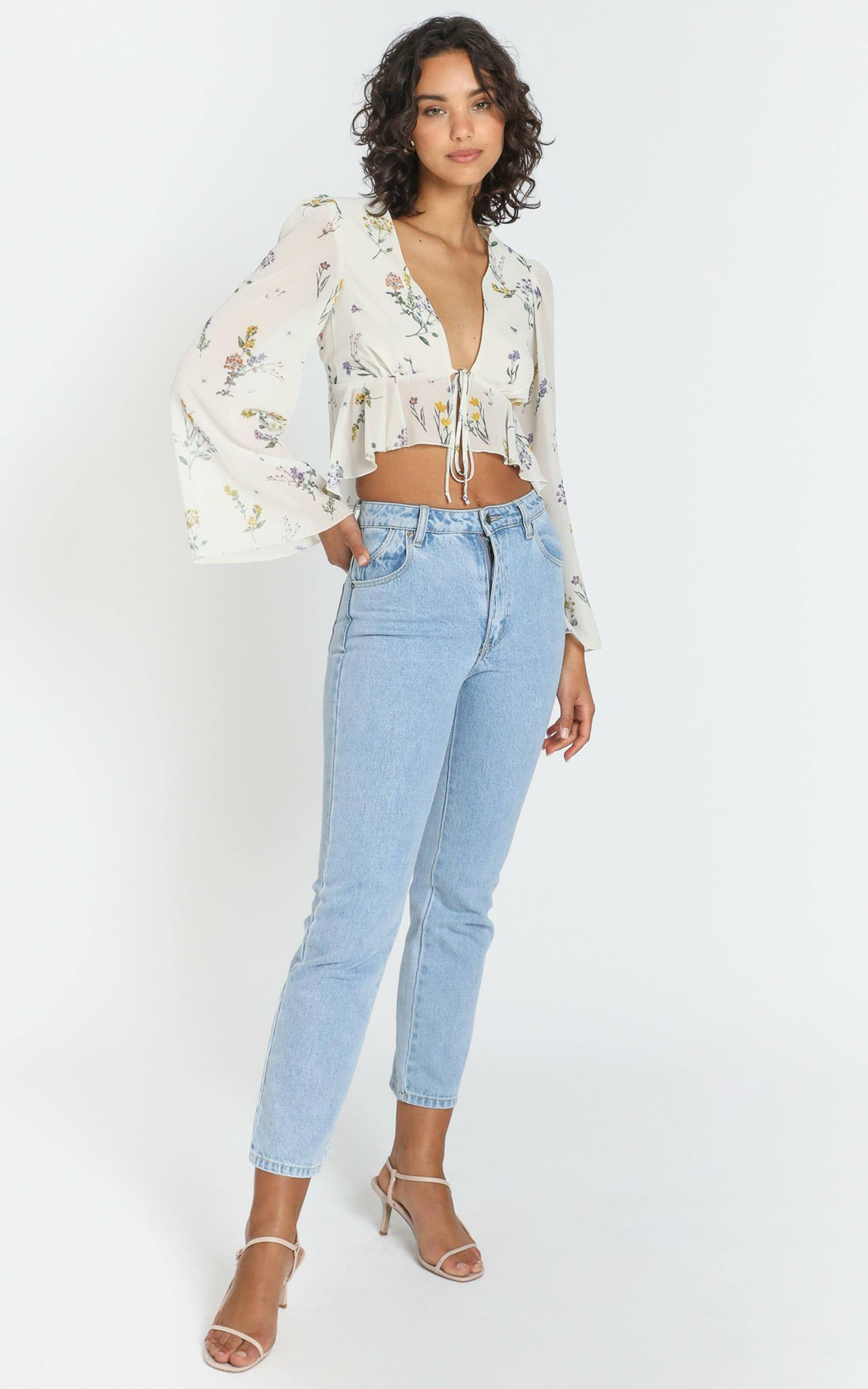 Dance It Out Top in botanical floral - 4 (XXS), WHT2, hi-res image number null