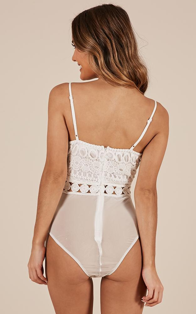 Your Embrace bodysuit in white lace - 14 (XL), White, hi-res image number null