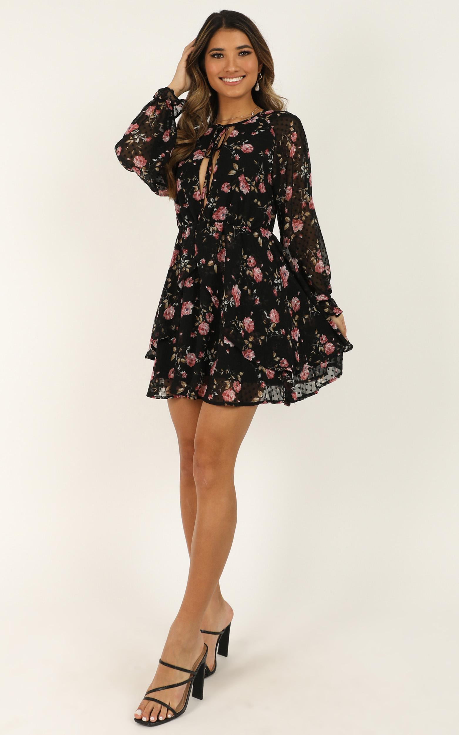 Spring blossom dress in black floral - 14 (XL), Black, hi-res image number null