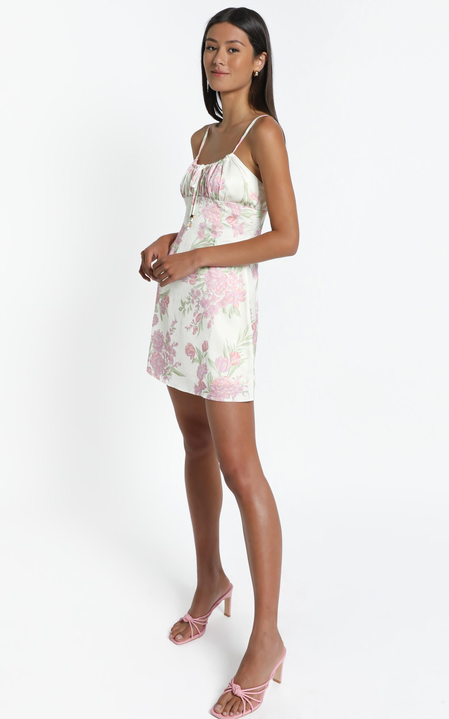 Ive Got You Now Dress in Cream Floral - 6 (XS), CRE1, hi-res image number null