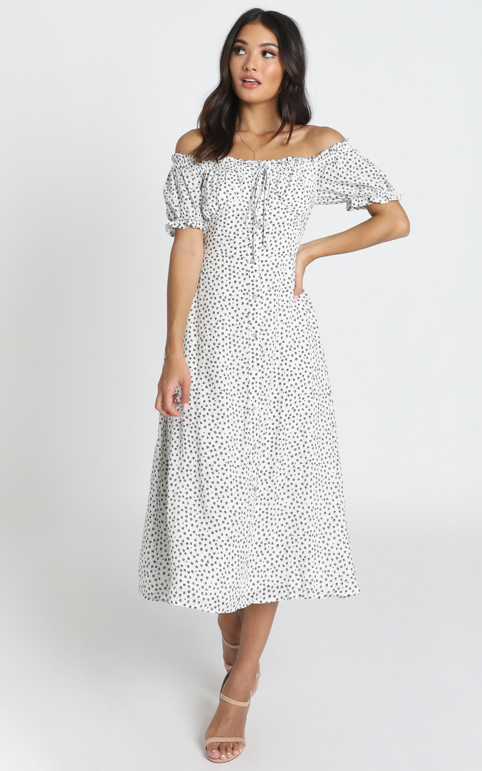 Rylee Dress in white spot - 14 (XL), White, hi-res image number null