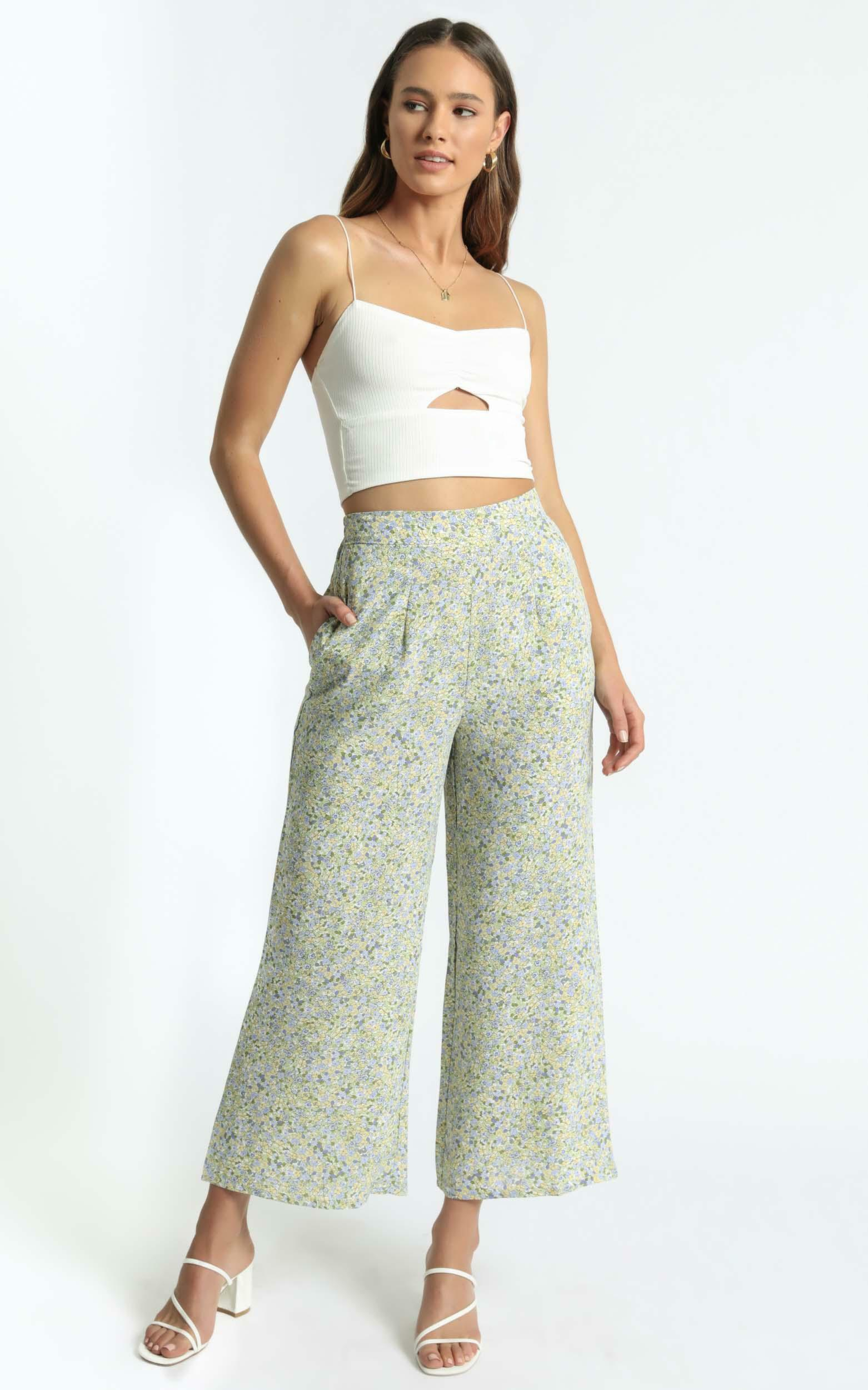 Zoi Pants in Blue Floral - 6 (XS), Multi, hi-res image number null