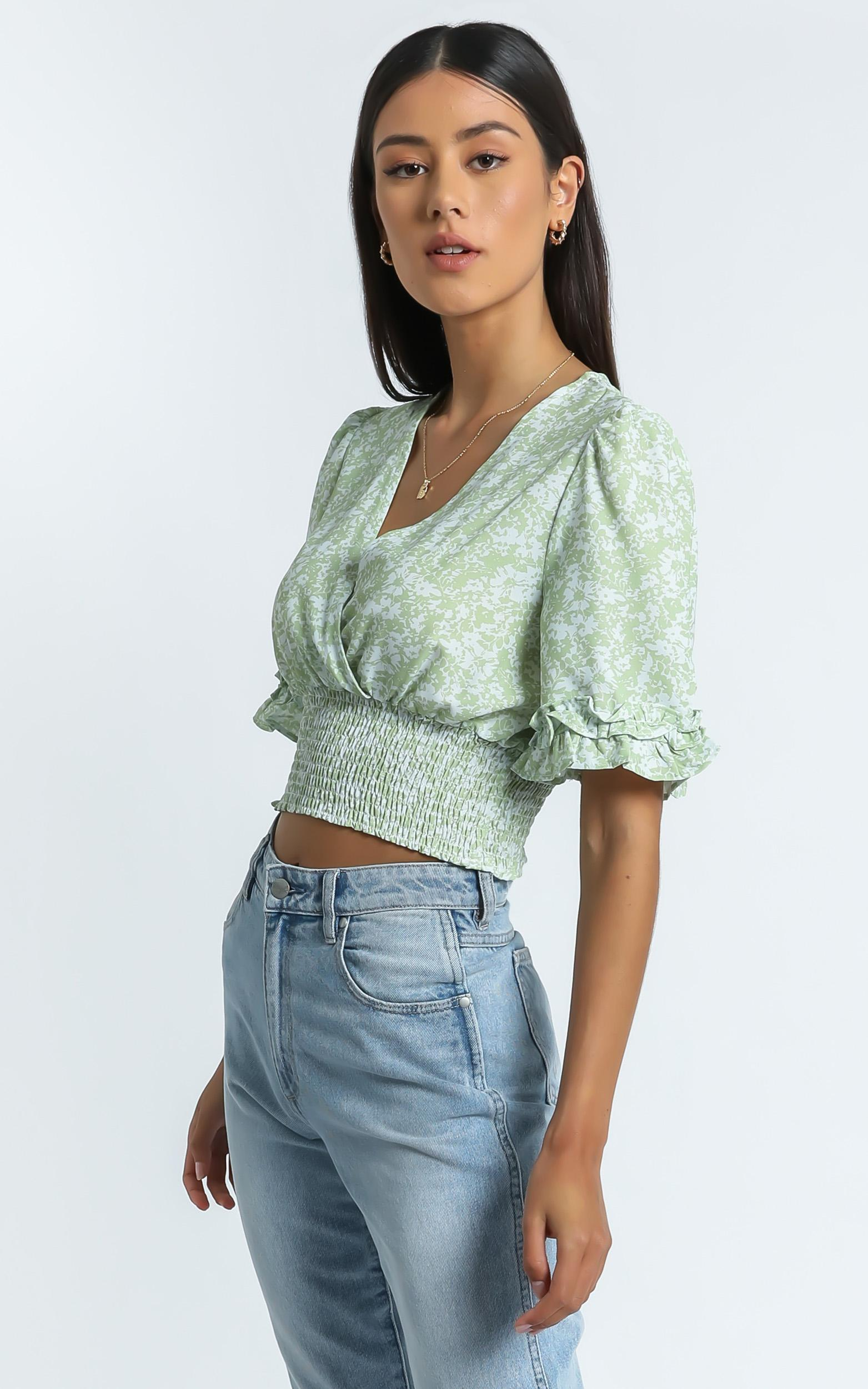 Parker Top in Green Floral - 6 (XS), Green, hi-res image number null