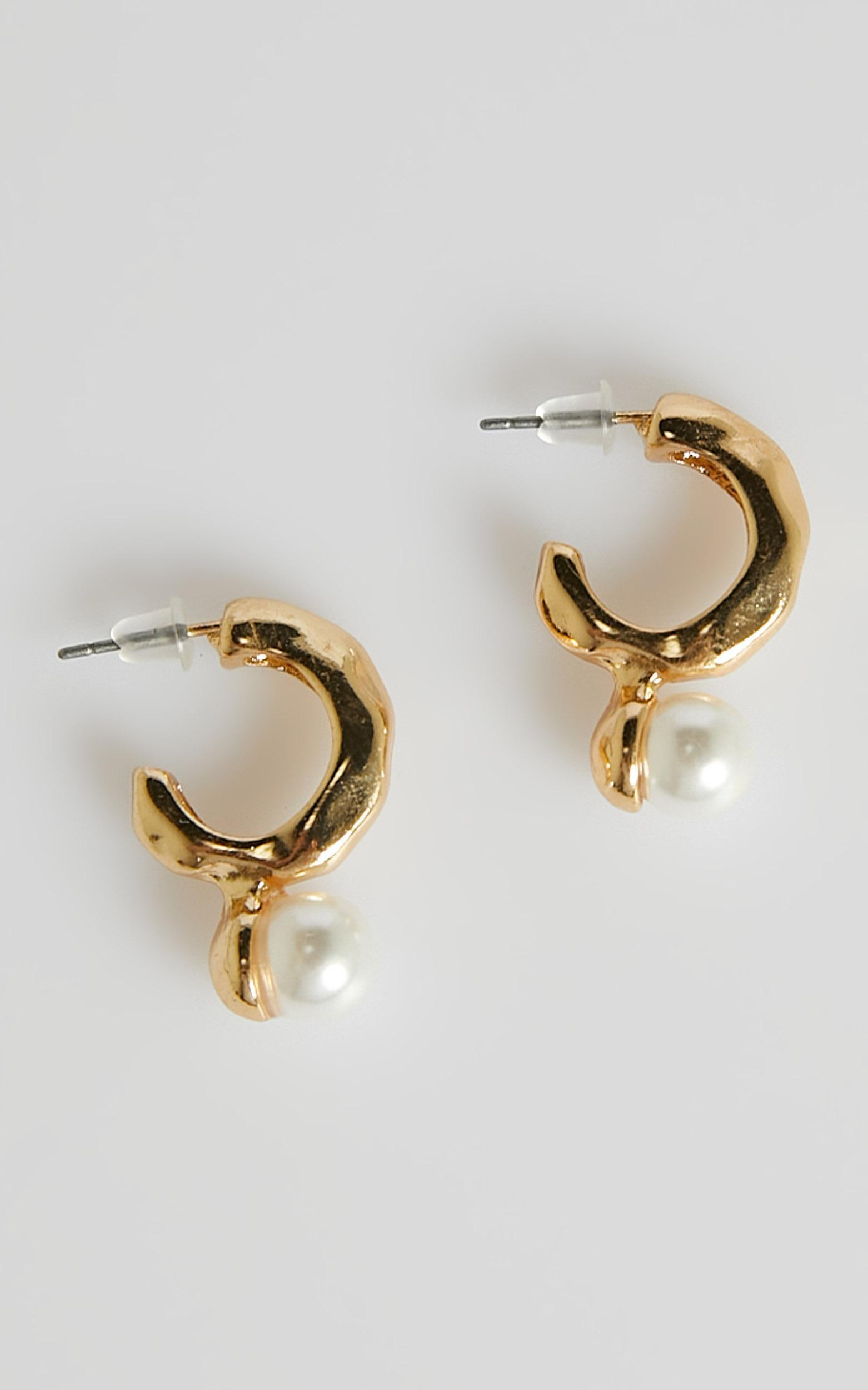 Im Yours Earrings in Pearl, , hi-res image number null